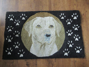 Golden Lab Hooked Carpet 32x20