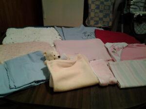 Vetement de bebe fille a vendre