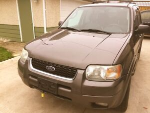 2003 FORD ESCAPE FULLYLOADED 4x4 AUTOMATIC SUV FOR SALE!!!