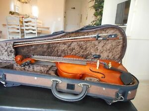 Universal 1/2 size violin / fiddle