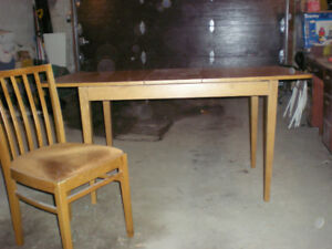 Dining Room Table with 2 Chairs.