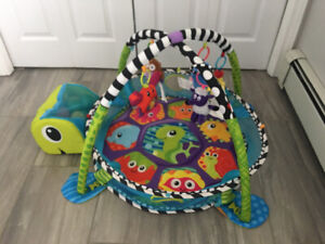 Infantino Grow-with-me Activity Gym and Ball Pit (Play Mat)