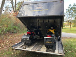 2 Bombardier MXZ 600's and Northtrail clamshell trailer