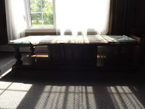 Very attractive coffee table and two side tables.