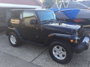 2014 Jeep Wrangler Hardtop (Softtop + Winter Tires Included!!)