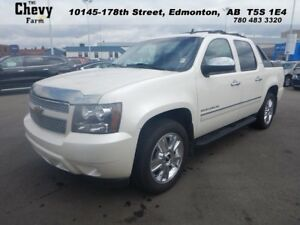 2010 Chevrolet Avalanche LTZ 4WD  Camera - DVD NAV