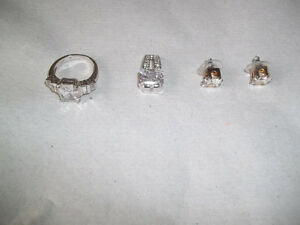 Ring, Pendant, Ear-rings - Zirconia