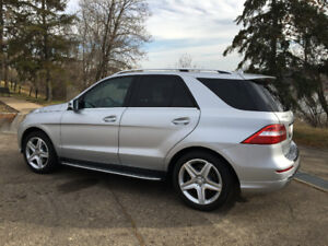 IMPECCABLE 2014 MERCEDES ML350 BLUETEC