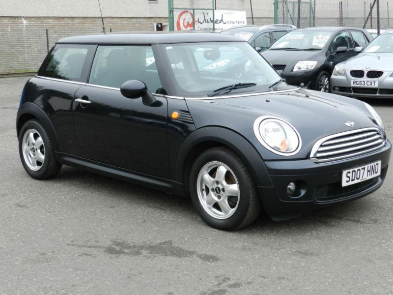 mini 1 6 petrol cooper black 2007 3 door hatchback 6 months aa warranty in portobello. Black Bedroom Furniture Sets. Home Design Ideas