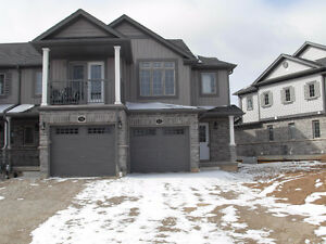 BRAND NEW TOWNHOUSE UNITS FOR LEASE CLOSE TO 401