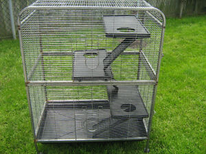 MULTI LEVEL CAGE ON WHEELS