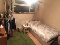 DOUBLE ROOM IN STOCKWELL 5 MINS WALK TO STATION SHOPS ONLY 2 MINS WALK!!! INC BILLS SHORT TERM LET