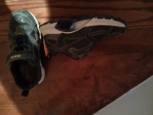 Geox toddler shoes
