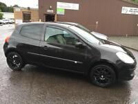 060 Renault Clio 1.2 16v 75 Expression Black 3 Door MOT 12m
