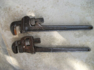 """2 x 18"""" Pipe Wrenches"""