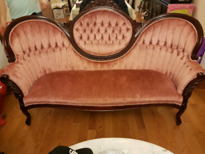 French provincial Victorian  sofa set