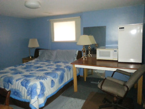 $150 weekly room rental - available