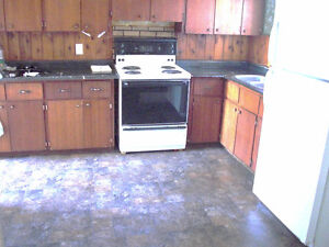 2 & 3 bedroom apartment for rent 52 West Victoria, Amherst N.S.