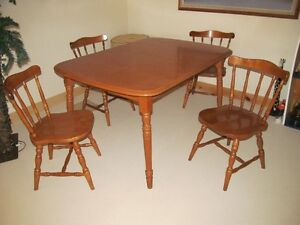 Maple Table Set
