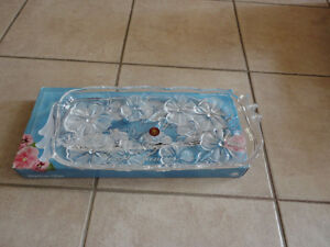 Brand new in box decorative glass crystal floral tray London Ontario image 2