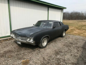 1970 Oldsmobile Cutlass Coupe (2 door)
