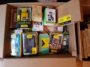 Cellphone and Table Accessories Lot Lifeproof, Otterbox Like New