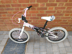 Girls bike 5-8 yrs
