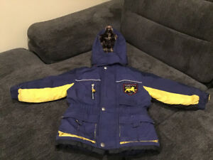 Winter jacket very good condition from Oshkosh size 3T
