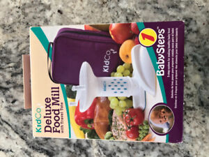 Kidco baby food mill with travel bag