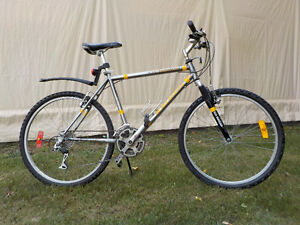 Men's 24-speed Mountain Bike
