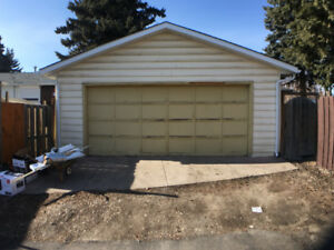 OVERSIZE DBL Garage in SE, Insulated, 220V Available Now