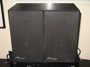 Mirage M-190i Classic Bookshelf Speakers