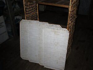 WICKER BOOKCASE/SHELVING UNIT London Ontario image 2