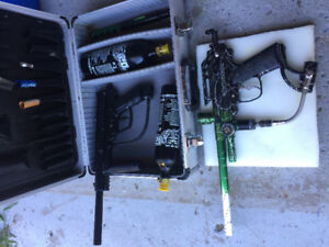 Paintball guns with carrying case