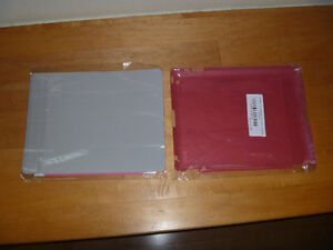 MAGNETIC COVER AND HARD BACK I-PAD 2