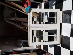 VYNAL CASEMENT WINDOW