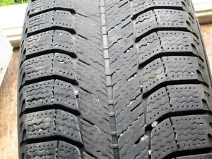 4 michelin ice 205/65r/16 West Island Greater Montréal image 1