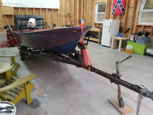 14ft fiberglass boat 25hp