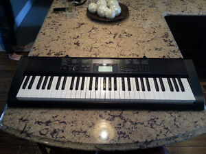 Casio CTK1100 keyboard. 61 Keys.