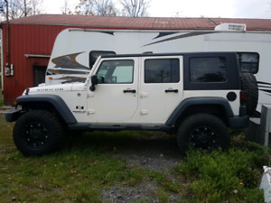 2008 wrangler 4dr unlimited. Clean? Must sell