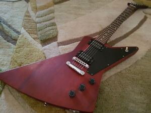 Gibson Explorer (Superbe Condition!!!!!!)