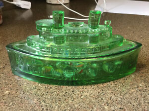 DEPRESSION GLASS BOAT /DISH ..REMEMBER THE MAINE.