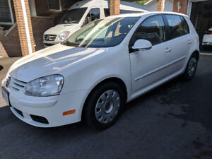 2008 2.5L Volkswagen Rabbit with only 103,973kms