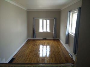 Beautiful Huge 3 Bedroom Apartment With Large Deck Available Now