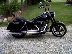 2013 Harley FLD absolutely beautiful