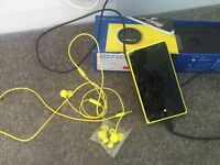 Nokia Lumia 1020 CRACKED SCREEN with box and all accessories Vodafone