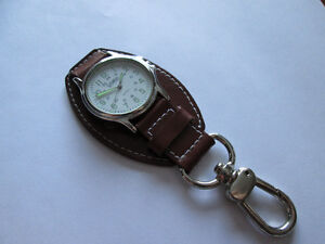 VINTAGE GIOVANI KEY CHAIN / BELT TYPE WATCH