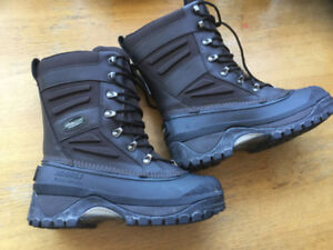 Cheap Authentic Baffin Crossfire Winter Boot . New. Size 7