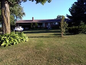 Charming Country Home Cambridge Kitchener Area image 2