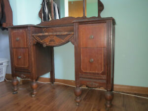 Antique Vanity Table for sale